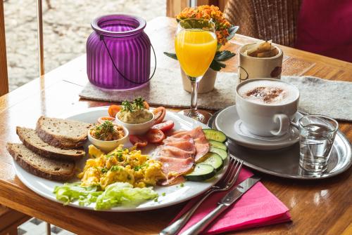 Frühstück im Café Purzelbaum in Amerang im Chiemgau.